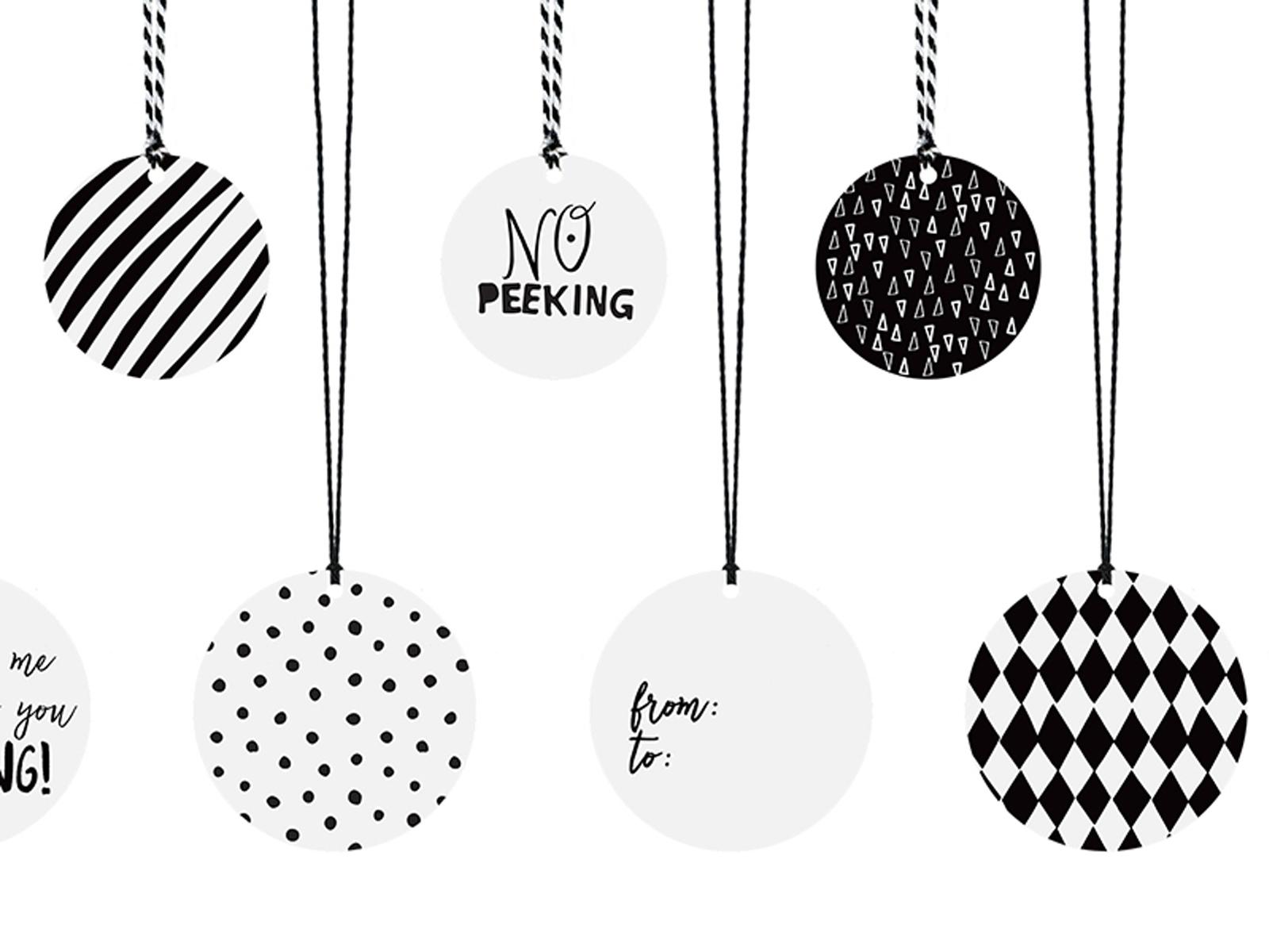Weihnachten Schwarz Weiß Bilder.Geschenkeanhänger Weihnachten Schwarz Weiss Mit Kordeln 12 Stück